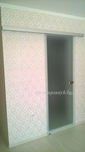 Стъклена врата на плъзгане